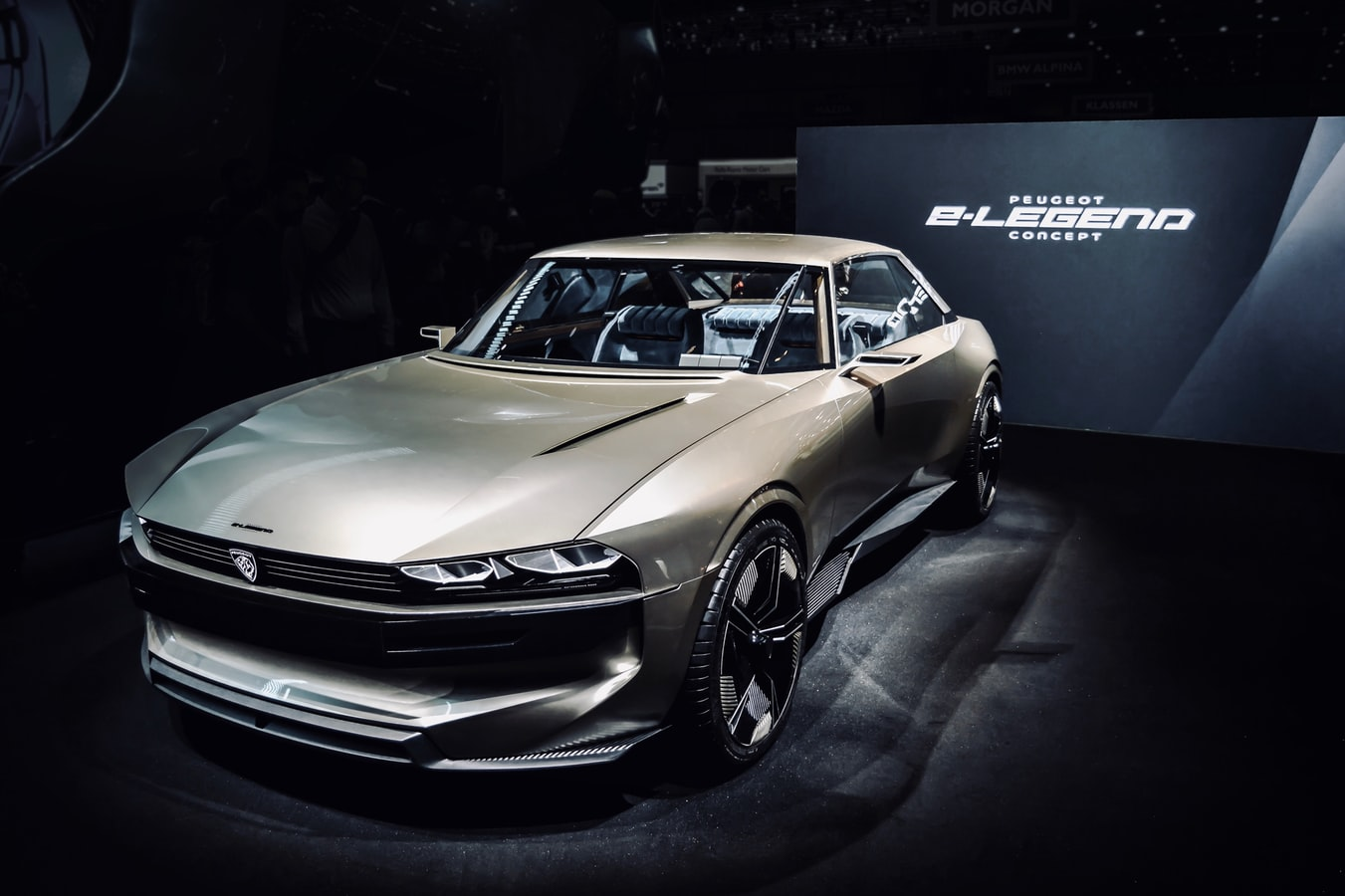 Peugeot e-Legend Concept Car