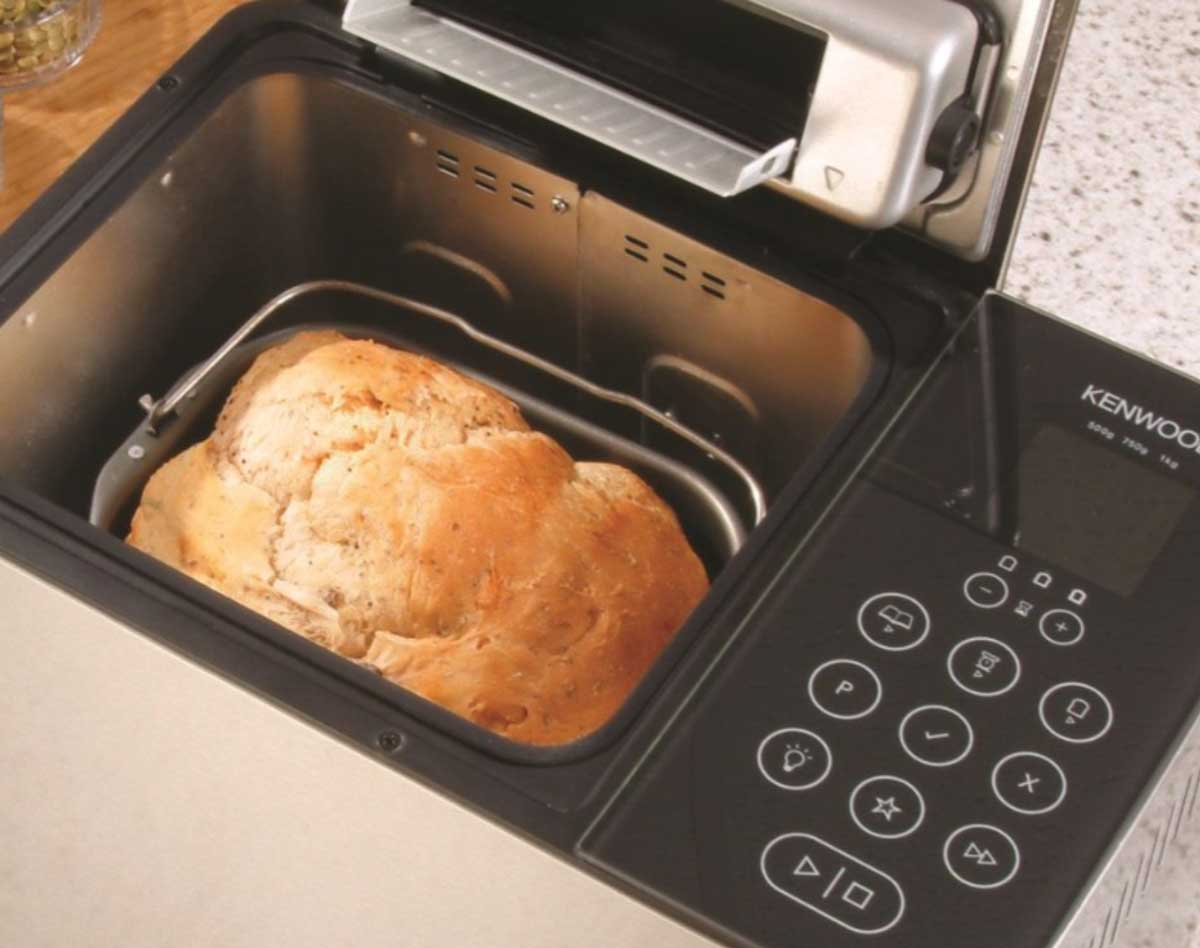 buying a bread maker