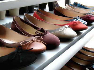 choosing women's shoes
